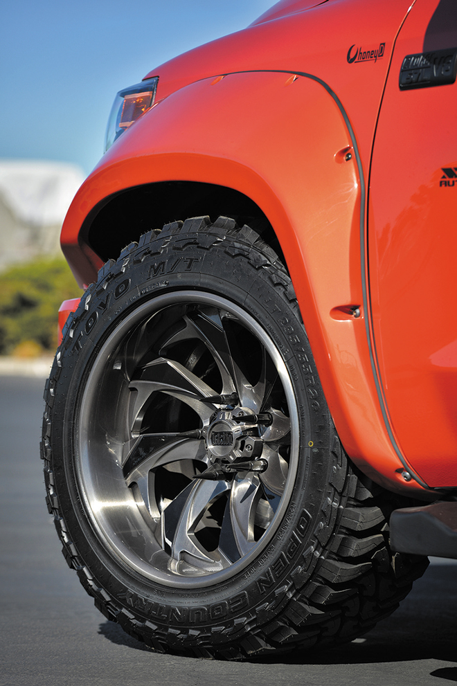 GRID OFF-ROAD GF5 20inch TOYO OPEN COUNTRY 295/55-20