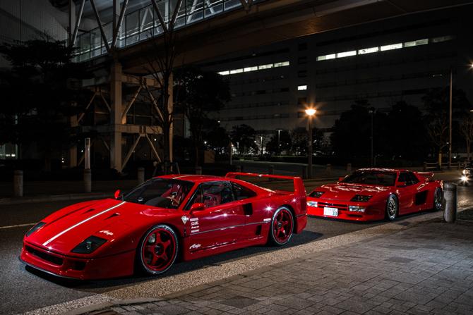 フェラーリF40とケーニッヒテスタロッサ