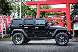 JEEP JK WRANGLER、THEESオリジナルホイール、TTR244