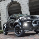 ARTISAN SPIRITS Sports Line BLACK LABEL、TOYOTA HILUX、トヨタハイラックス