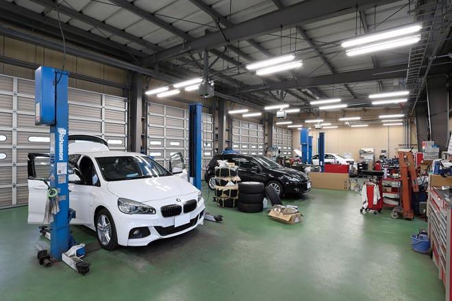 ADVANCE Automobile、アドバンスオートモービル