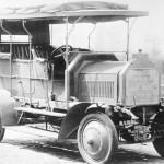 Dernburg-Wagen(デルンブルク・ヴァーゲン) 1907年にダイムラー・モトレーン・ゲゼルシャフト社によって 製作された初の4輪駆動乗用車