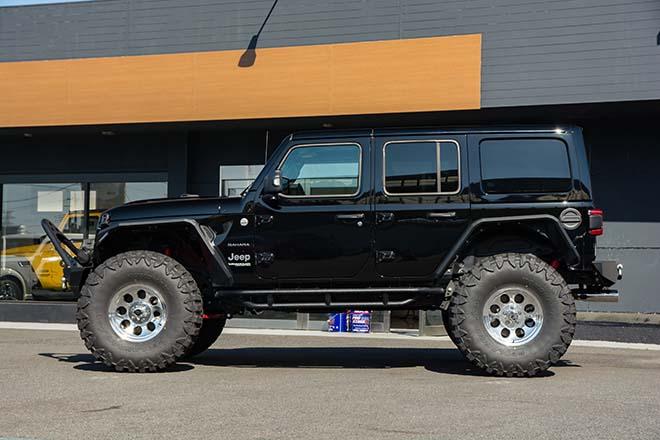 ジープ ラングラー アンリミテッド サハラ Produced by Jeep OUTLET TOKYO